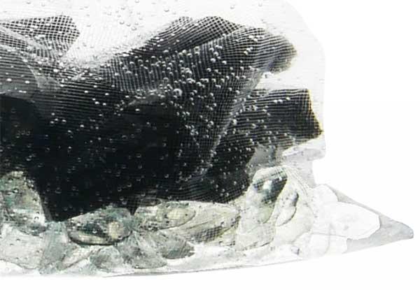 Luftbläschen im Wassersäckchen