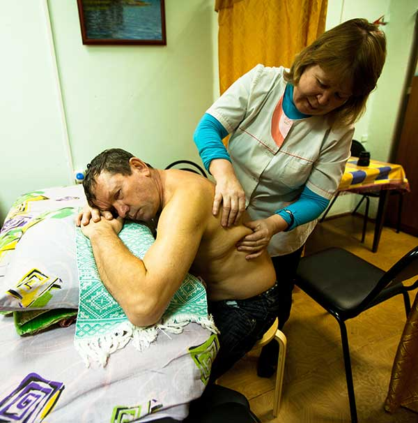 Behandlung bei einer russischen Heilpraktikerin